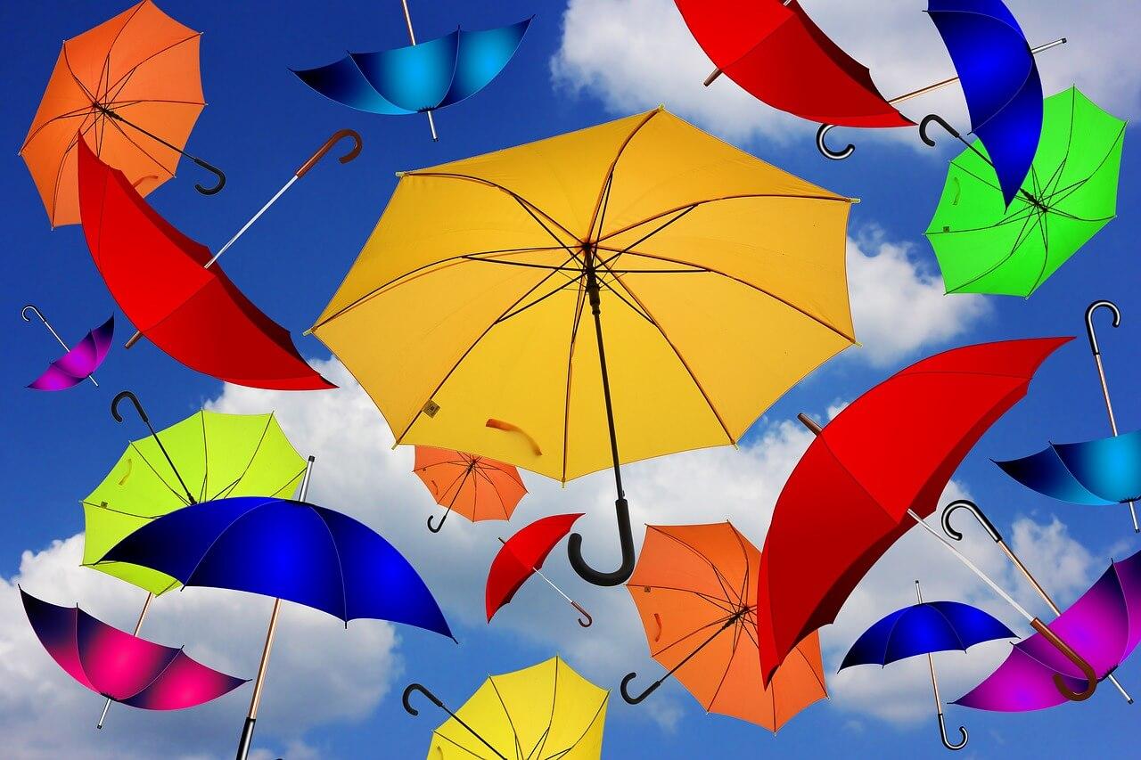 いろんな色の傘